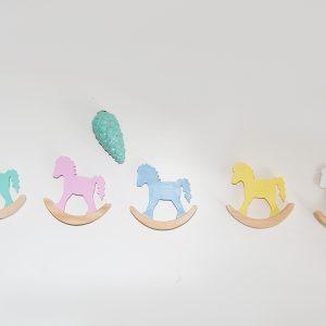 caballitos decorativos de madera - caballitos de madera - decoracion infantil - juguetines