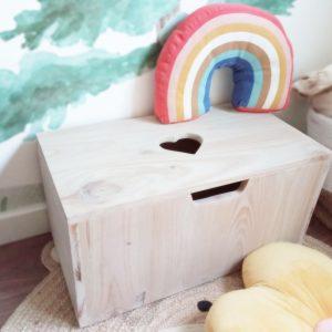 baul de madera, baul infantil es un elemento ideal para almacenar los juguetes y decorar la habitación infantil - Juguetines