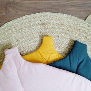 alfombra de juego ideal para dejar a los pequeños jugar comodamente en el suelo también para el gimnasio de actividades de bebe